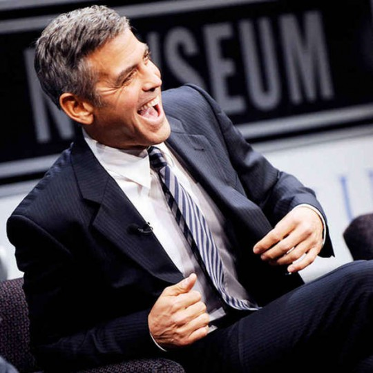 George Clooney Scorregge