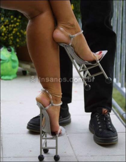 I tacchi da donna pi249 strani del mondo FOTO Non Fa Ridere : tacchi donna01 419x540 from www.nonfaridere.it size 419 x 540 jpeg 65kB