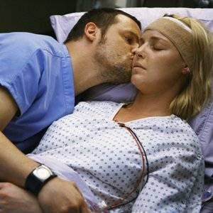 I 7 posti pi strani dove alcune coppie sono state scoperte a fare l 39 amore non fa ridere - Giochi di fare l amore a letto ...