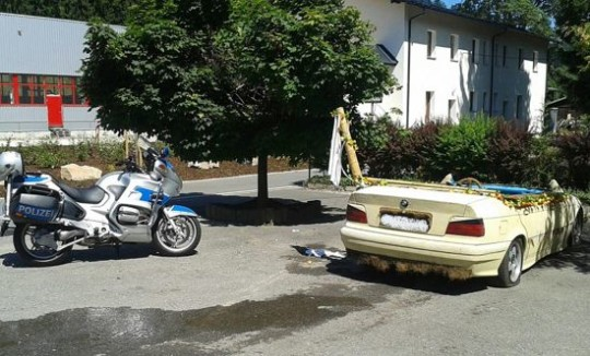 BMW piscina
