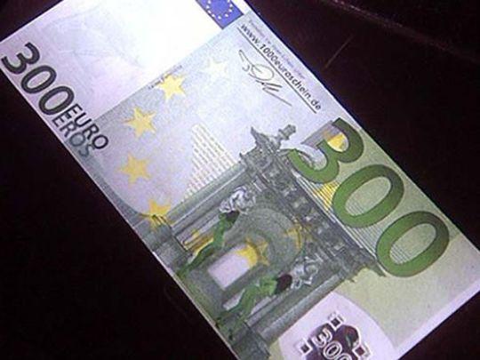 Banconota 300 euro