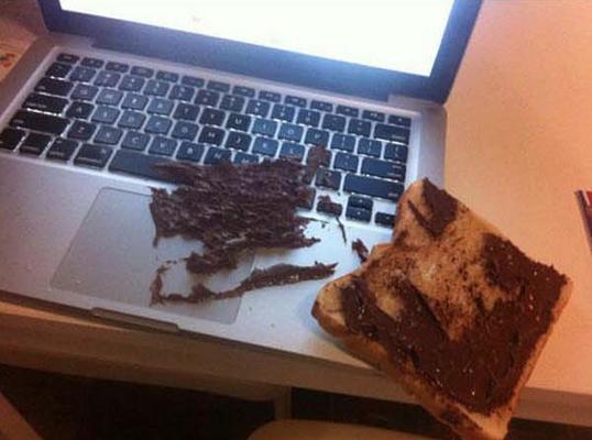5. La persona che ha dimostrato che il panino cade dal lato della Nutella