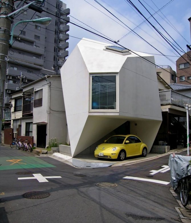 Una piccola casa di design a Tokyo
