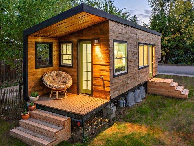 Una piccola casa in legno a Boise, Idaho