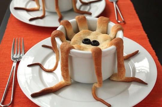 8) La stravagante piccola torta ragno
