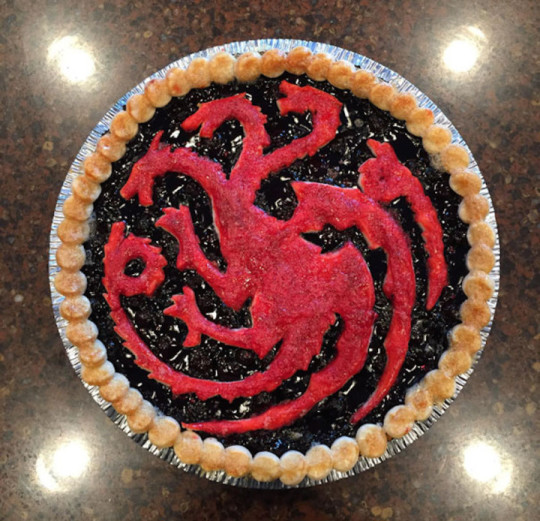 """13) La torta dedicata a """"Il trono di spade"""""""