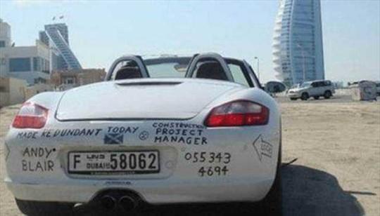 Auto Abbandonate a Dubai