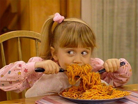full-house-michelle-tanner-eating-pasta