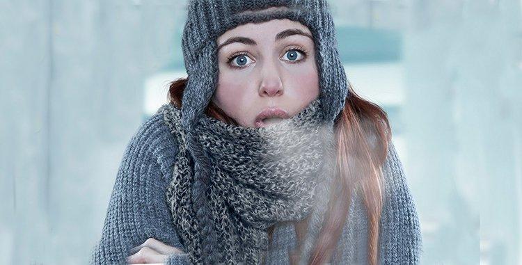 Donna freddolosa