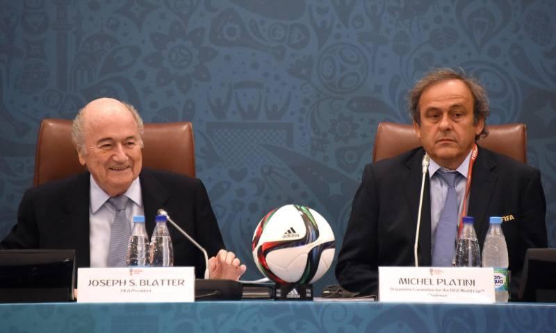 10. ELEZIONE PRESIDENTE FIFA - Il 26 febbraio sarà eletto il nuovo presidente della Fifa, federazione internazionale che governa lo sport del calcio. Un'elezione attesissima che potrebbe e dovrebbe dare una svolta decisiva al mondo del pallone, specie dopo lo scandalo che ha travolto sia il presidente dimissionario Sepp Blatter (in carica per 17 anni), sia il presidente Uefa (che non potrà candidarsi alla massima poltrona Fifa) Michel Platini (Ansa)