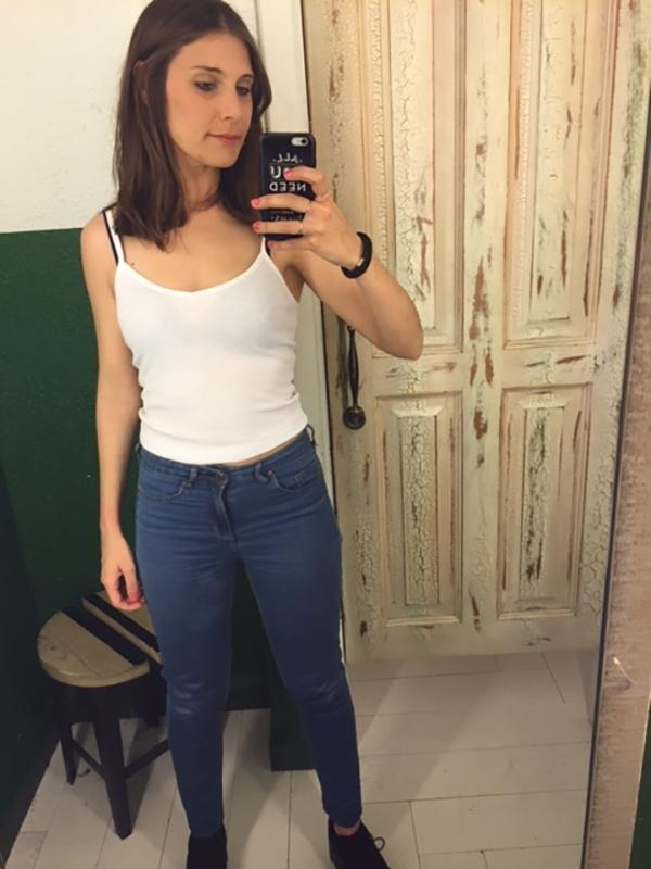 changing-room-mirrors-weird-body-image-876-body-image-1461582548